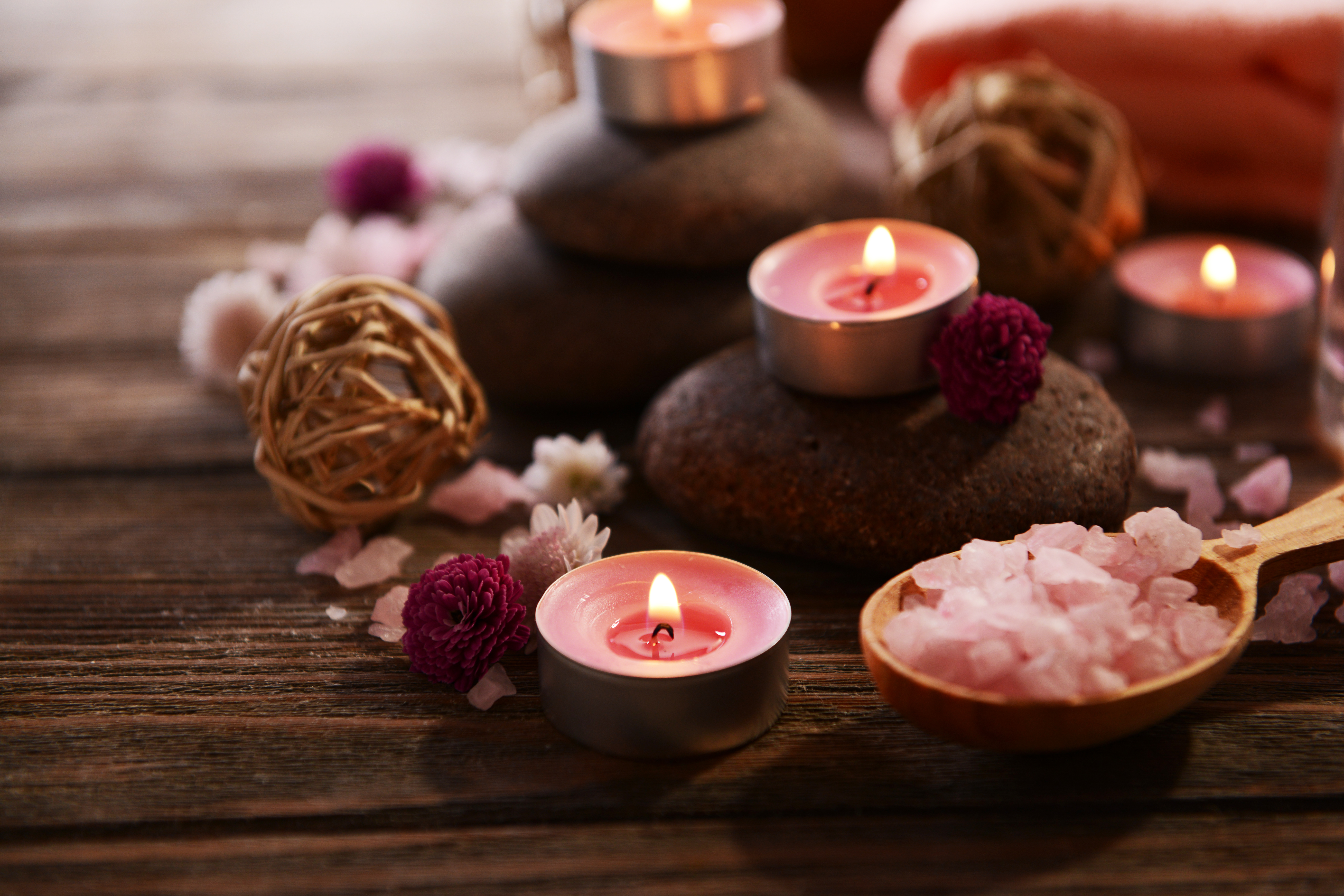 Learn how to make your own candles, how to make candles